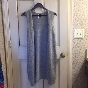 Sweaters - Long open grey cardigan
